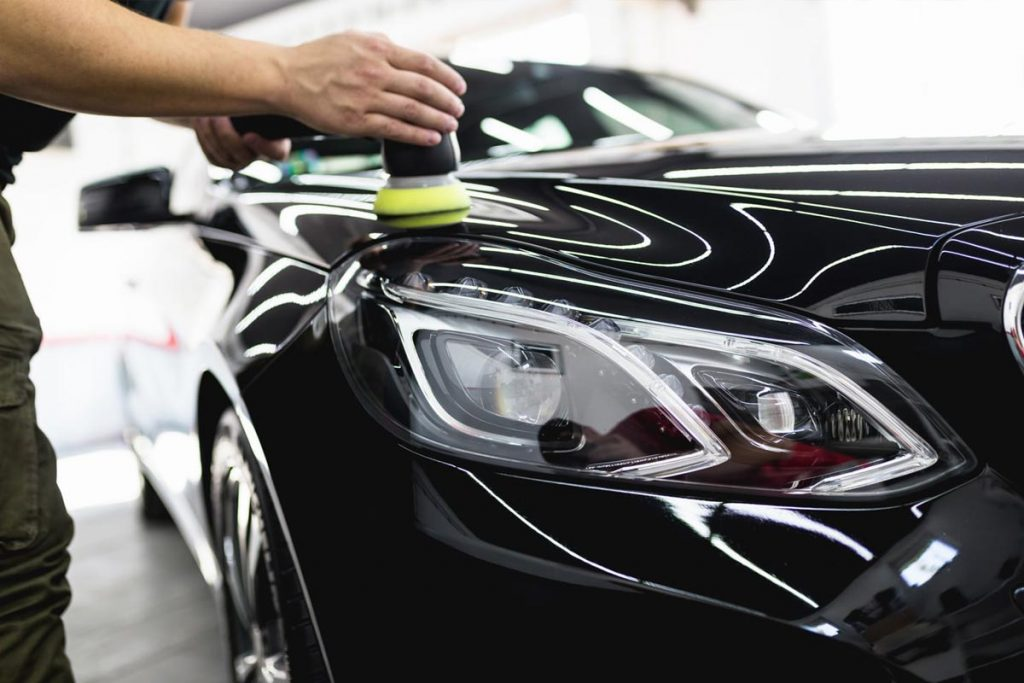 How to decide on the Finest Automobile Wax for Black Automobiles 2021